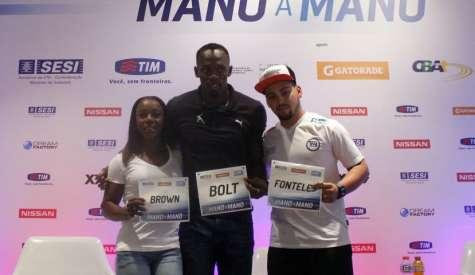 Usain Bolt chega ao Rio para mais um Mano a Mano