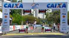 Sol castigou corredores na Meia Maratona Internacional do Rio